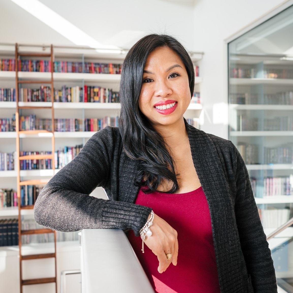 Monique Tú Nguyen